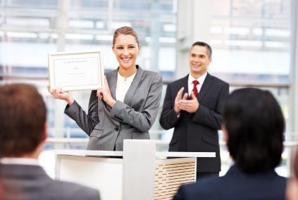 Cursuri gratuite pentru someri, inclusiv cazare si transport, pentru a deveni antreprenori