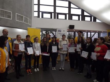 Copiii premiati de Lions Club Ploiesti la concursul Afise pentru Pace