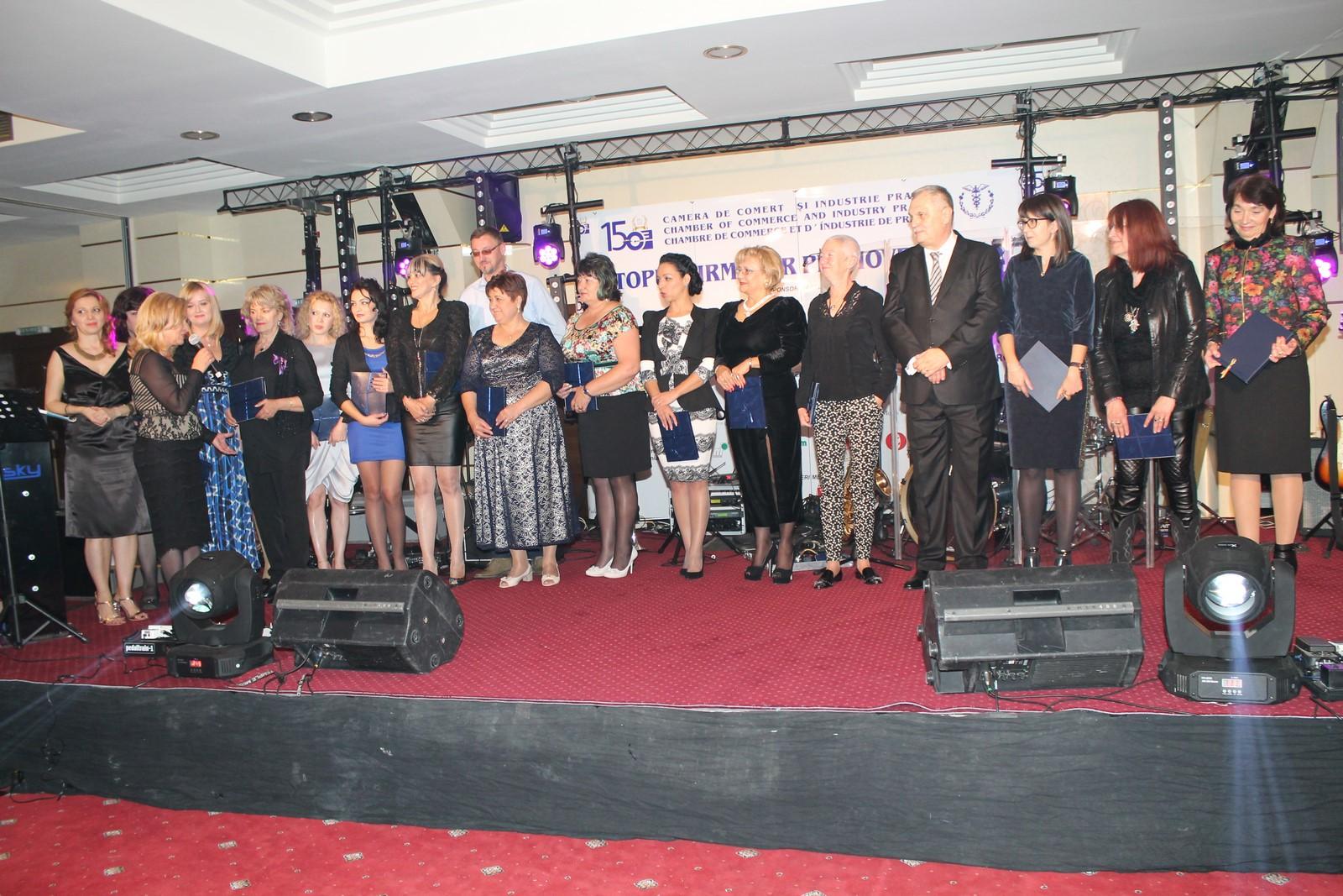 """Topul Firmelor Prahovene 2015 (IV): Trofeul """"Femeia de Afaceri"""""""