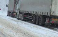 Circulatie in conditii de iarnă pe DN1A. Trafic feroviar blocat in judetul Brasov