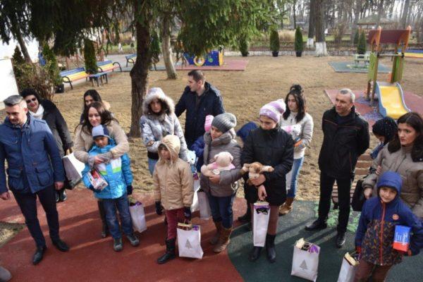 Loc nou de joaca deschis in Parcul Bucov, al patrulea construit de Petrotel Lukoil