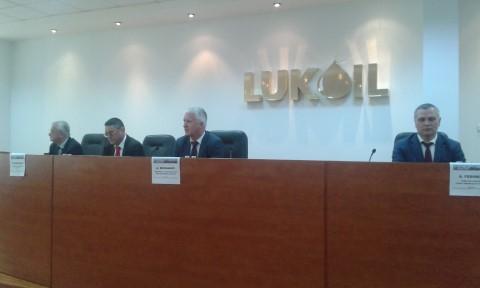 Petrotel Lukoil a facut cunoscute investitiile si obiectivele la 20 de ani de la venirea in Romania