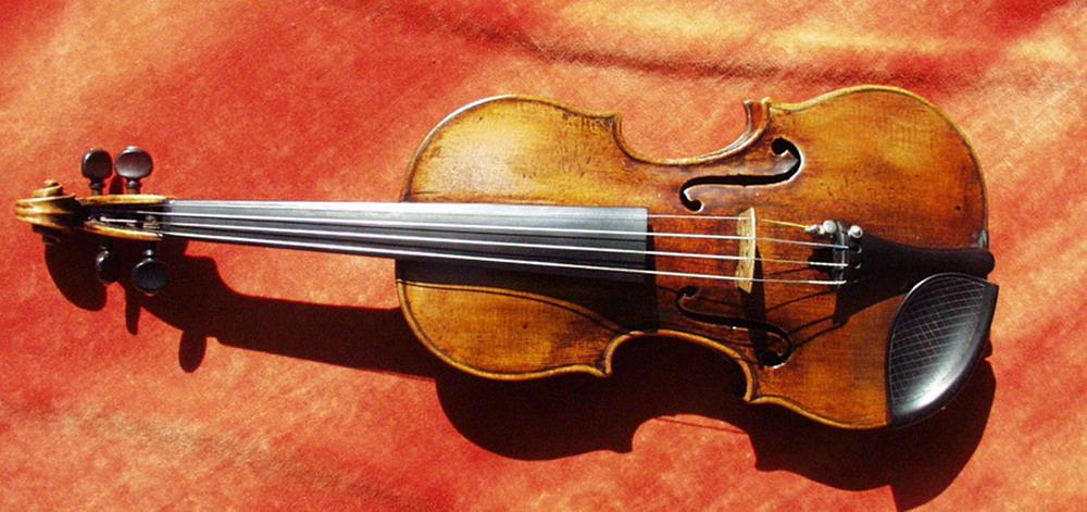 Premii de 3000 de euro la Concursul Internatioanal de vioara si viola de la Ploiesti