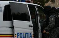 Doi barbati, arestati preventiv pentru trafic de droguri