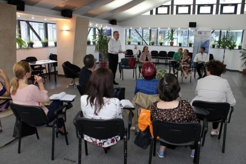 Seminar de leadership sustinut de Ambasadorul Cristian Diaconescu la Ploiesti