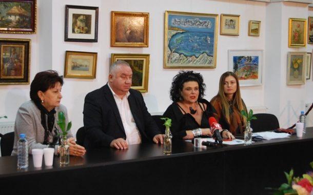 """Toamna asta, se poarta TEATRUL! S-au pus in vanzare biletele pentru Festivalul Internațional de Teatru """"Toma Caragiu"""""""
