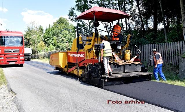 PRAHOVA: Aproape 300 de milioane de lei pentru intretinerea si reparatia a peste 1000 kilometri de drumuri judetene