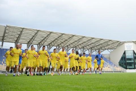 34 de jucatori la primul antrenament al Petrolului Ploiesti!