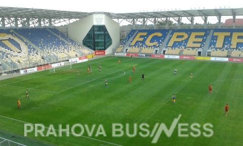 Galerie foto PHB de la meciul dintre fostii jucatori ai Petrolului Ploiesti si o selectionata nationala