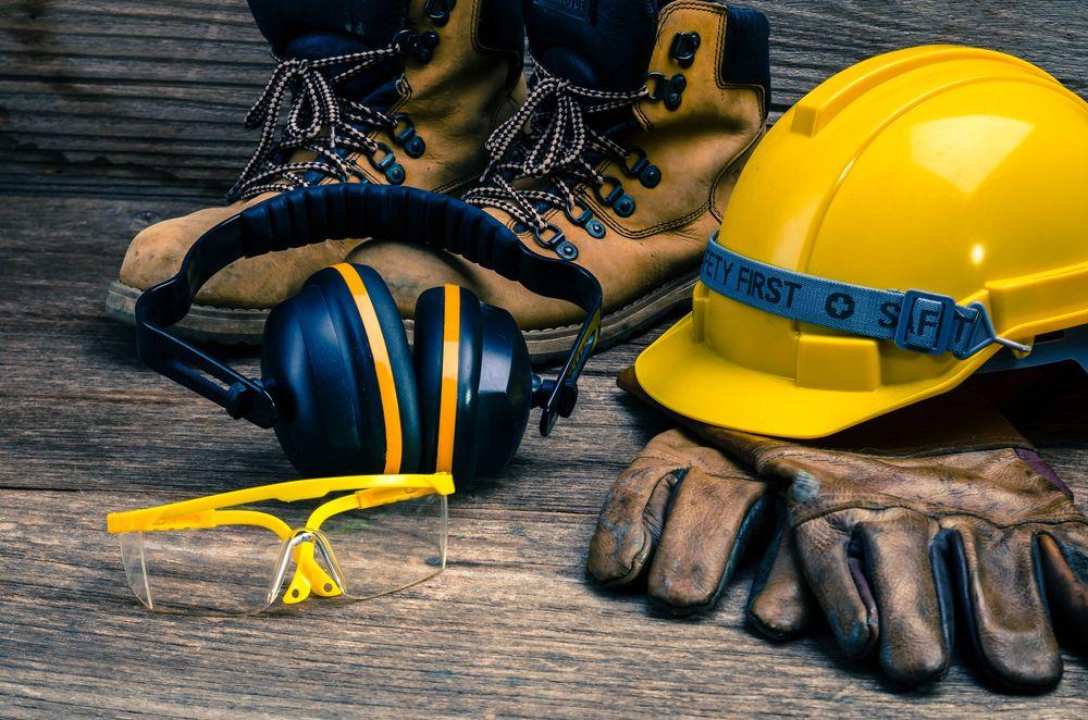 Echipamentele de protectie, o investitie  minima pentru un mediu de lucru sigur (P)